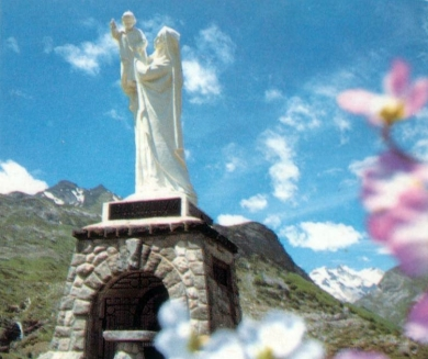 Staue of Our lady of the Everlasting Snows at the border between France and Spain