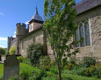 long view of Croft Court Chapel