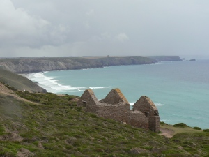 Derelict mine building at Wheal Coates3