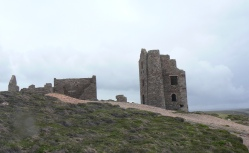 Derelict mine building at Wheal Coates4
