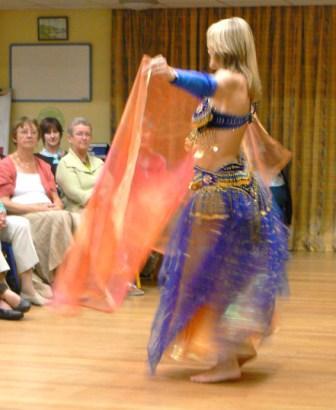 A blur of exotic dancing (4/6)