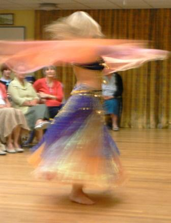 A blur of exotic dancing (1/6)