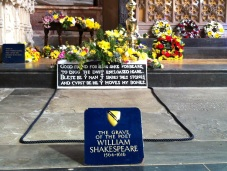 Shakespeares Tomb3
