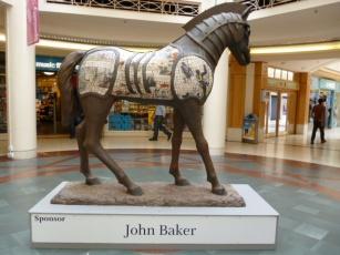 horse sculpture5