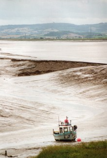 boat in mud at Burnham
